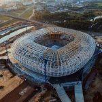 Тъжно ми става, като се замисля за съдбата на тия стадиони в Русия