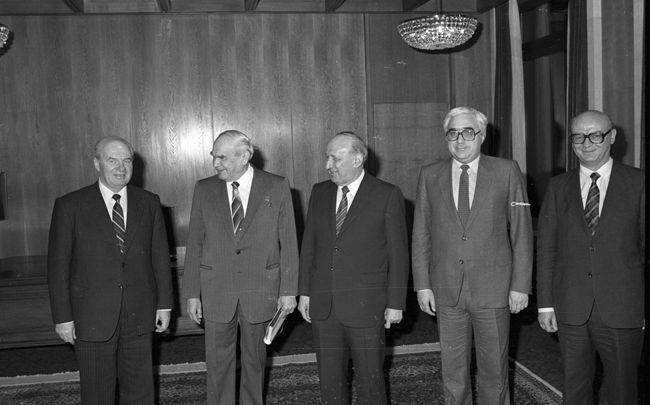 Андрей Луканов е главно действащо лице по линия на външноикономическите връзки със страните от СИВ и Съветския съюз | Снимка: БТА.