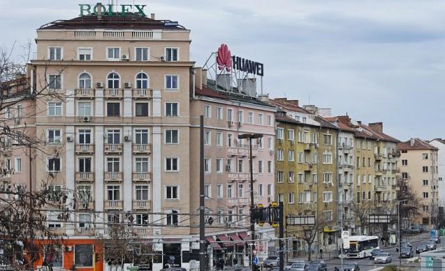 Един милион коли се движат в София всеки ден, повечето 20-годишни